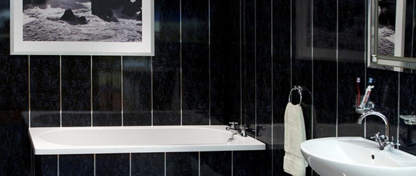 Bathroom Paneling: Benefits Of Using UPVC Cladding | Bridge Timber